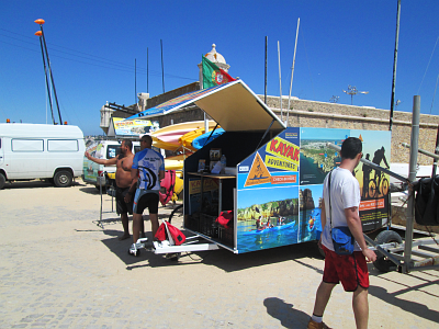 Kayaks Praia de Batata - trailer meeting point - check in